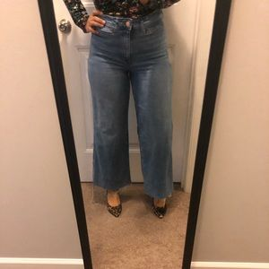 H&M wide high waist cropped jeans. Size 10